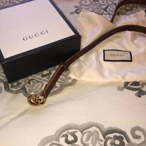 Size 80 Gucci belt skinny width worn twice